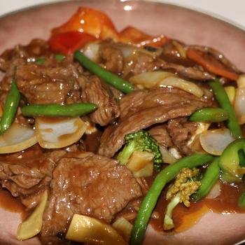47. Rundvlees met diverse groenten