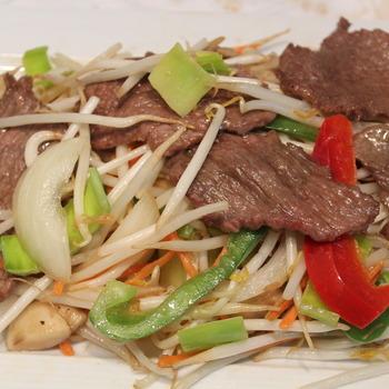 50. Chop choy met rundvlees