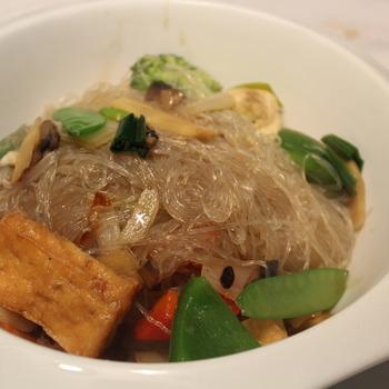 70. Fijne mi met groenten en tofu